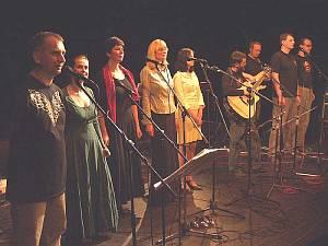 Asonance na koncertě v divadle ABC